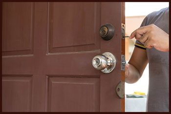 Cos Cob CT Locksmith Store Cos Cob, CT 203-450-6828